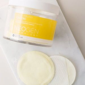 Neogen Bio-Peel Gauze Peeling Lemon Facial Pads